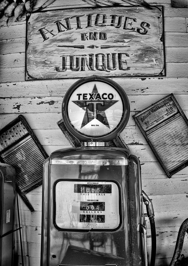 Gas Pump Photograph - Old Fashioned by Heather Applegate