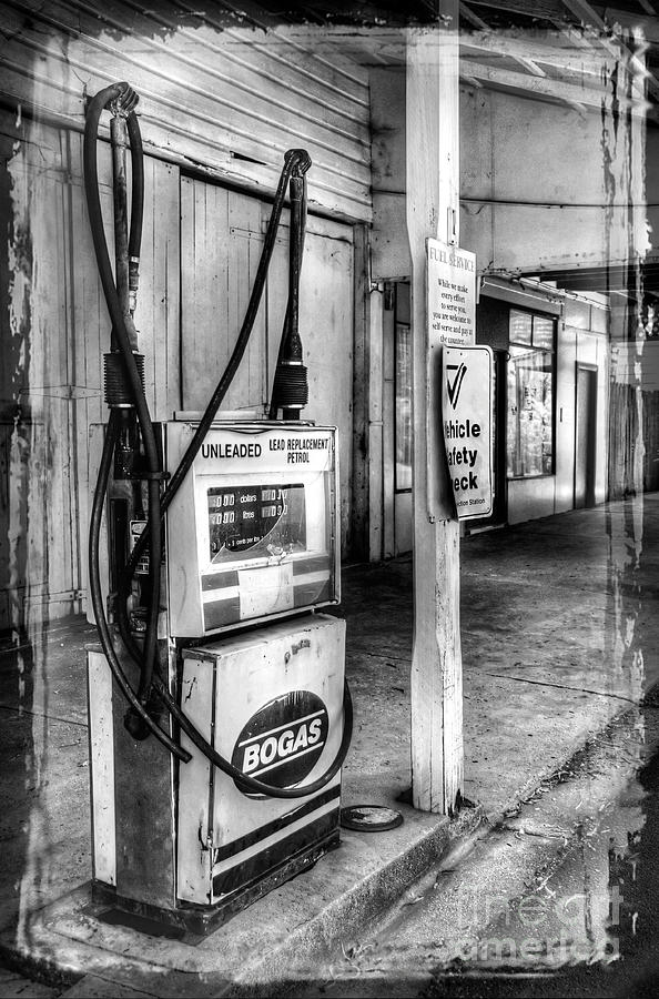 Photography Photograph - Old Fuel Pump - Black And White by Kaye Menner