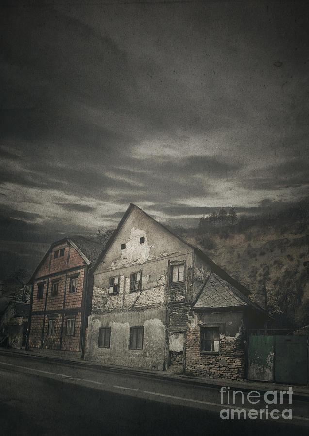 House Photograph - Old House by Jelena Jovanovic