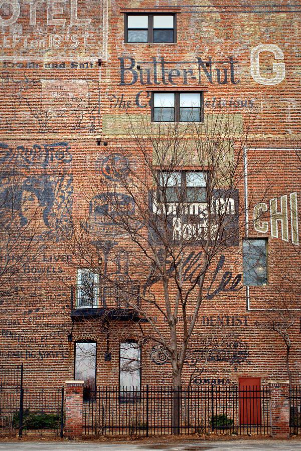 Omaha Photograph - Old Market - Omaha - Metz Building - #1 by Nikolyn McDonald