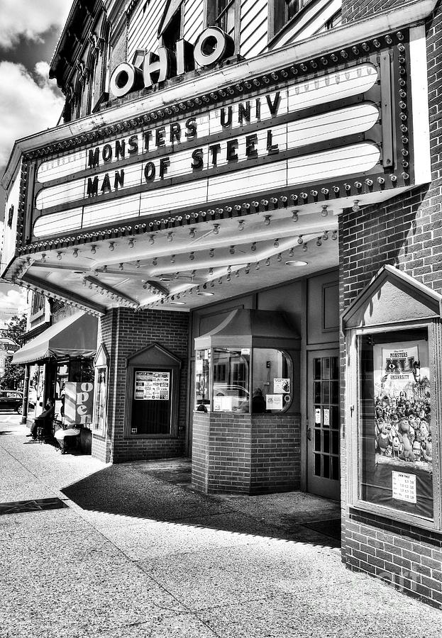 Movie Theaters Photograph - Old Movie Theater Bw by Mel Steinhauer