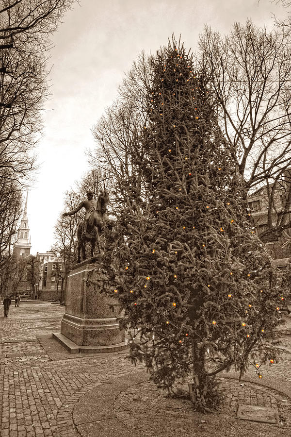 Paul Revere Photograph - Old North Church And Paul Revere by Joann Vitali