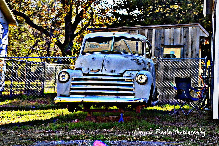 Old Pick Up Photograph by Sharon Farris