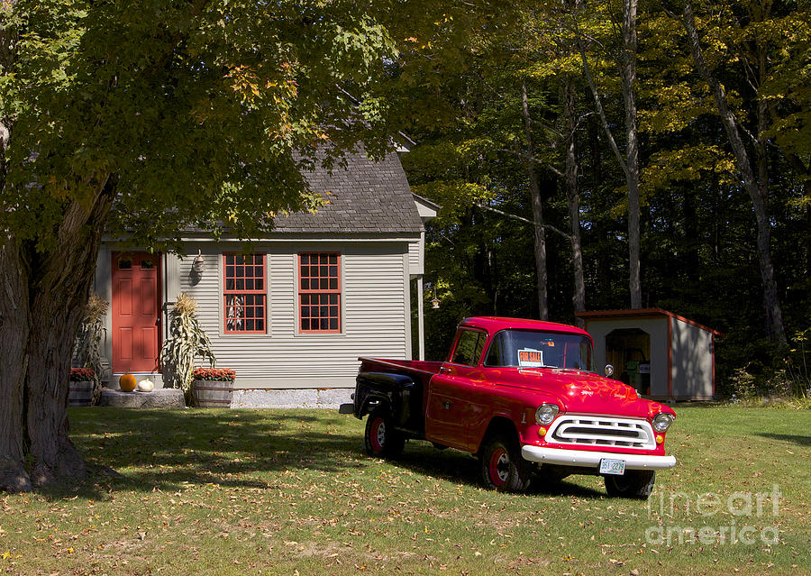Moultonborough Photograph - Old Red by Michael Mooney