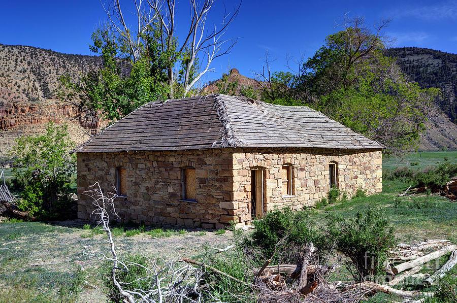 Sandstone Photograph - Old Sandstone Brick Farm House Nine Mile Canyon - Utah by Gary Whitton