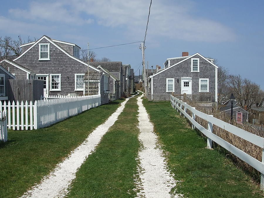 siasconset chatrooms Siasconset first a fishing outpost and then an artists' colony—broadway actors favored it in the late 19th century—siasconset (or 'sconset, in local vernacular) is a charming.