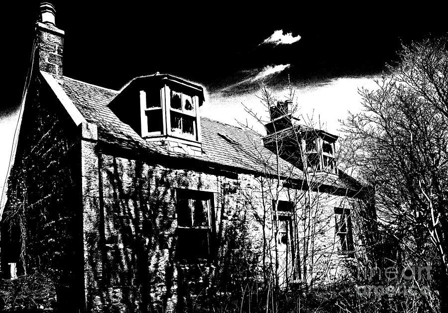 Scotland Photograph - Old Scottish Farmhouse by Liz  Alderdice