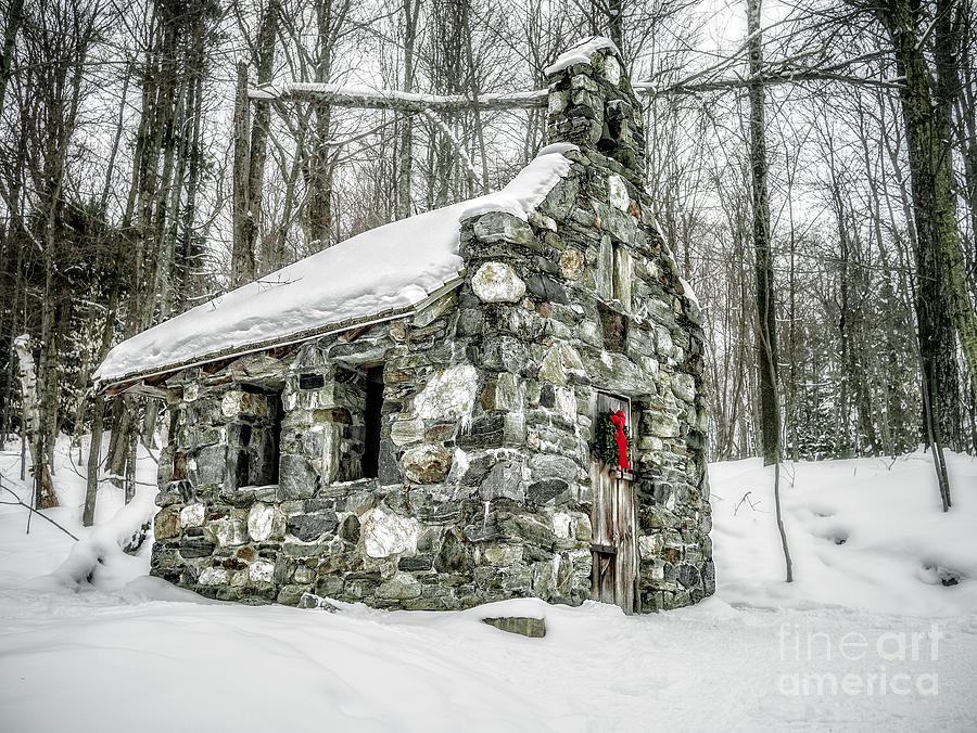 Stowe Photograph - Old Stone Chapel Stowe Vermont by Edward Fielding