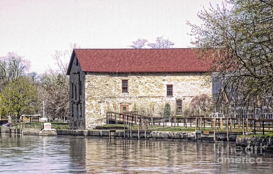 Erie Canal Photograph - Old Stone House On The Canal by Jim Lepard
