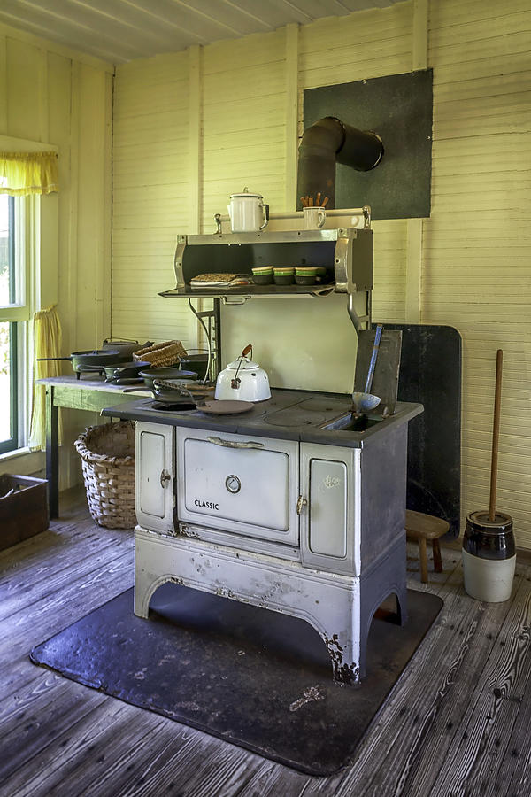 Stove Photograph - Old Timey Stove by Lynn Palmer