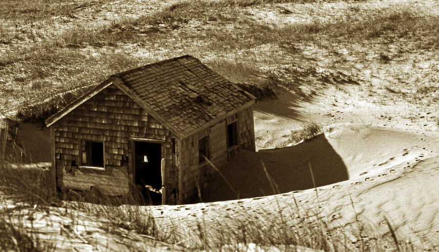 Beach Photograph - Old Tyme Cape Cod by Skip Willits