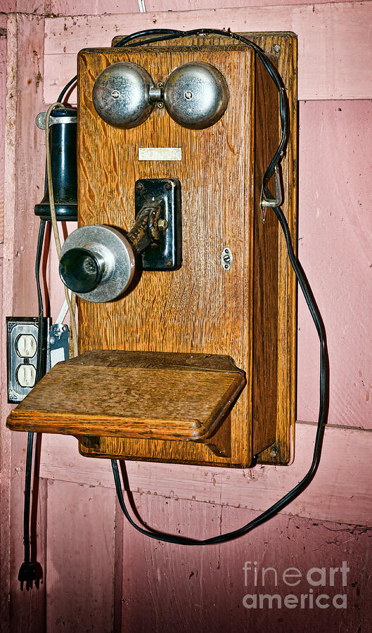 Antique Photograph - Old Wall Telephone by Les Palenik