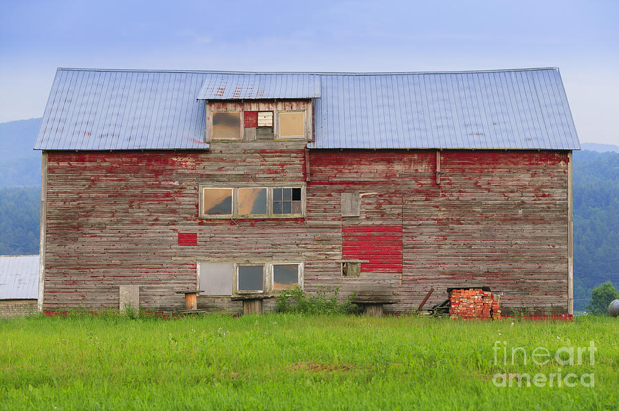 New England Photograph - Old weathered barn in Stowe Vermont by Don Landwehrle