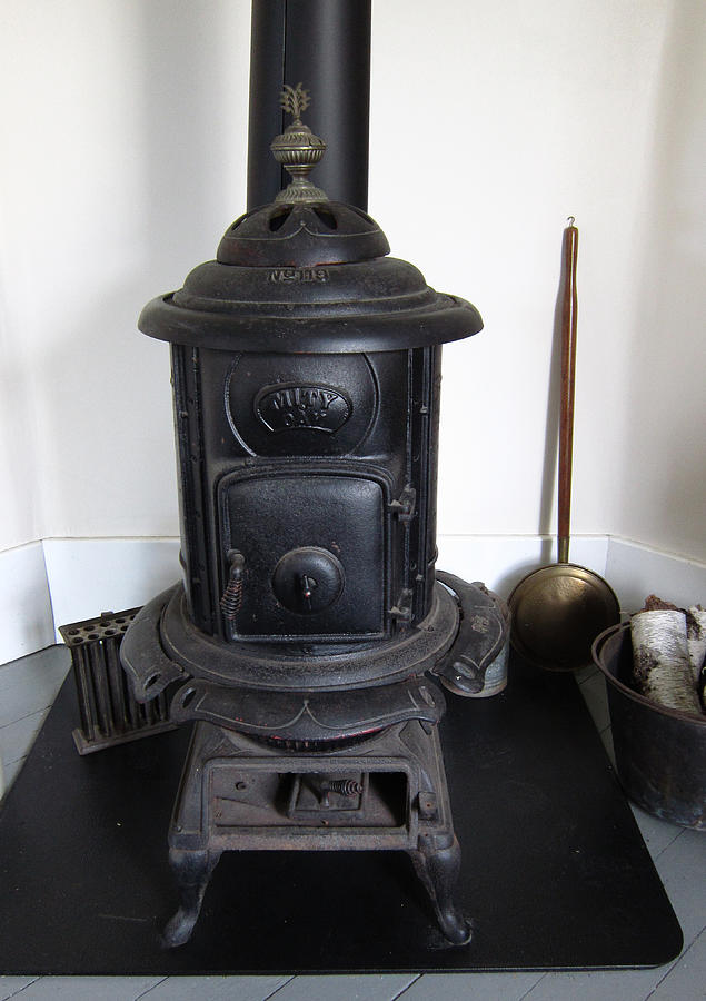 Old Wood Stove Photograph By Mary Bedy - Vintage Wood Stove WB Designs