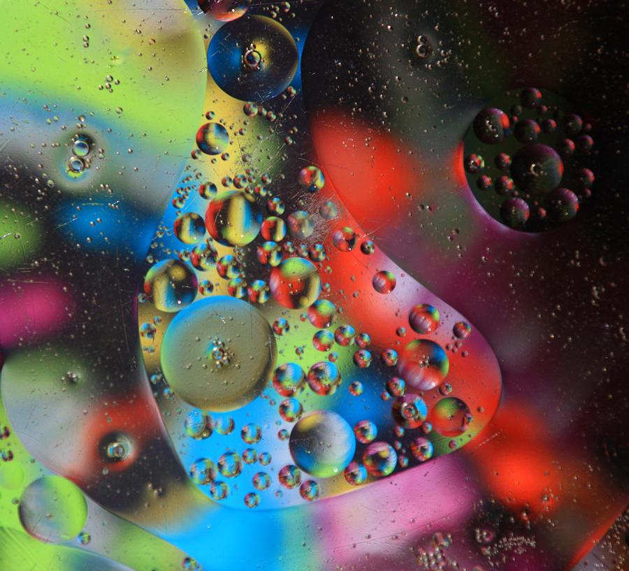 Oil Photograph - Olej I Woda 4 by Joe Kozlowski