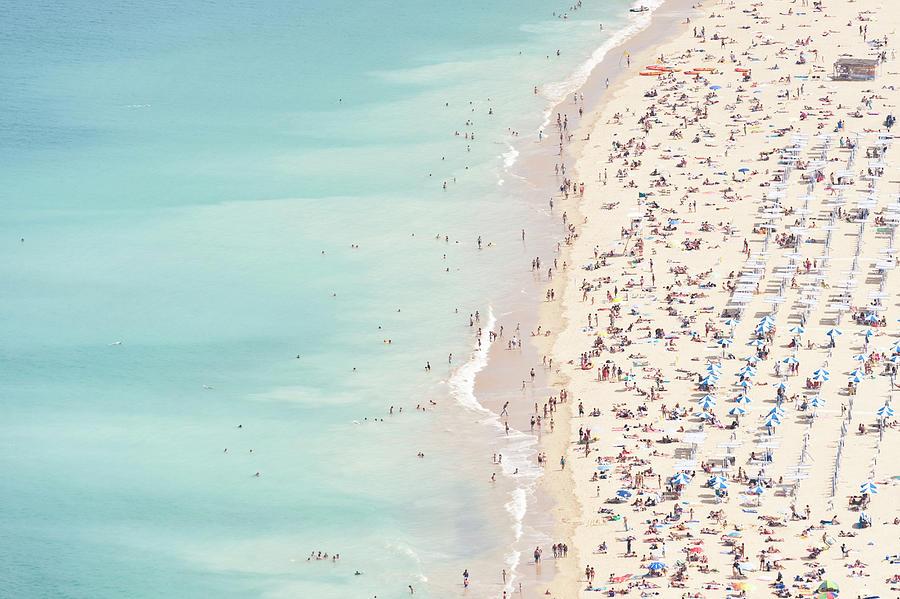 Water's Edge Photograph - Ondarreta Beach, San Sebastian, Spain by John Harper