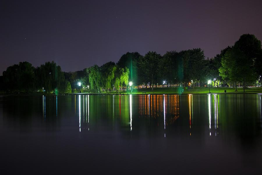 Washington Dc Photograph - One Foot Lake by Michael Williams
