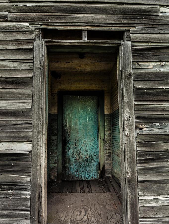 Damascus Pennsylvania Photograph - One Room Schoolhouse Door - Damascus - Pennsylvania by David Smith