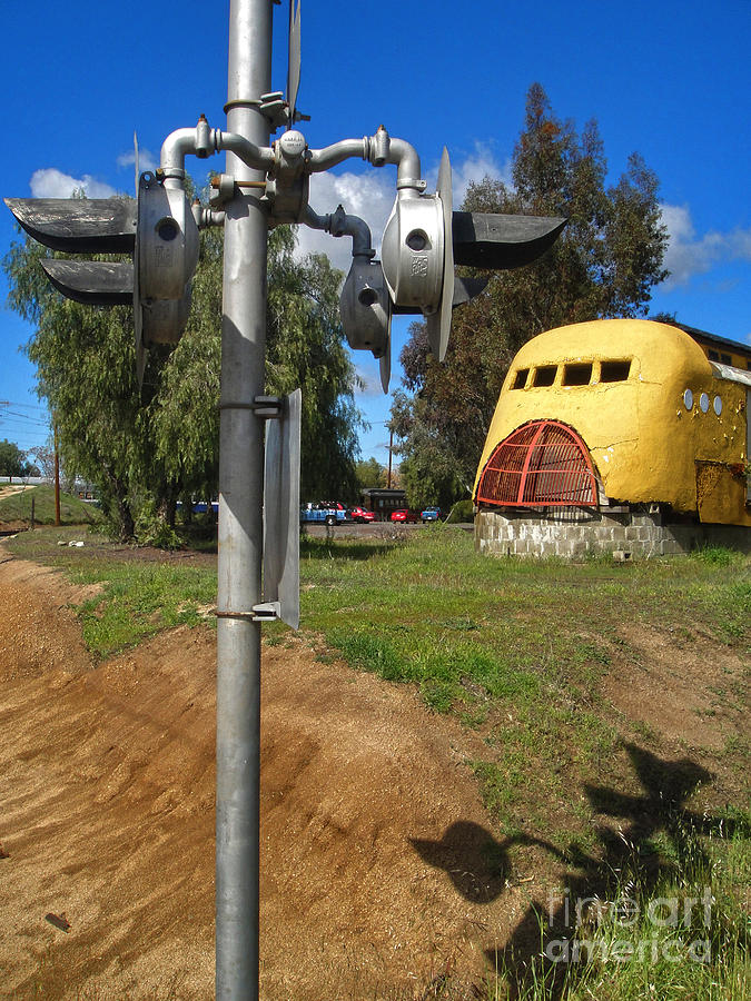 O'neill's Streamline Diner Photograph - Oneills Streamline Diner - 03 by Gregory Dyer