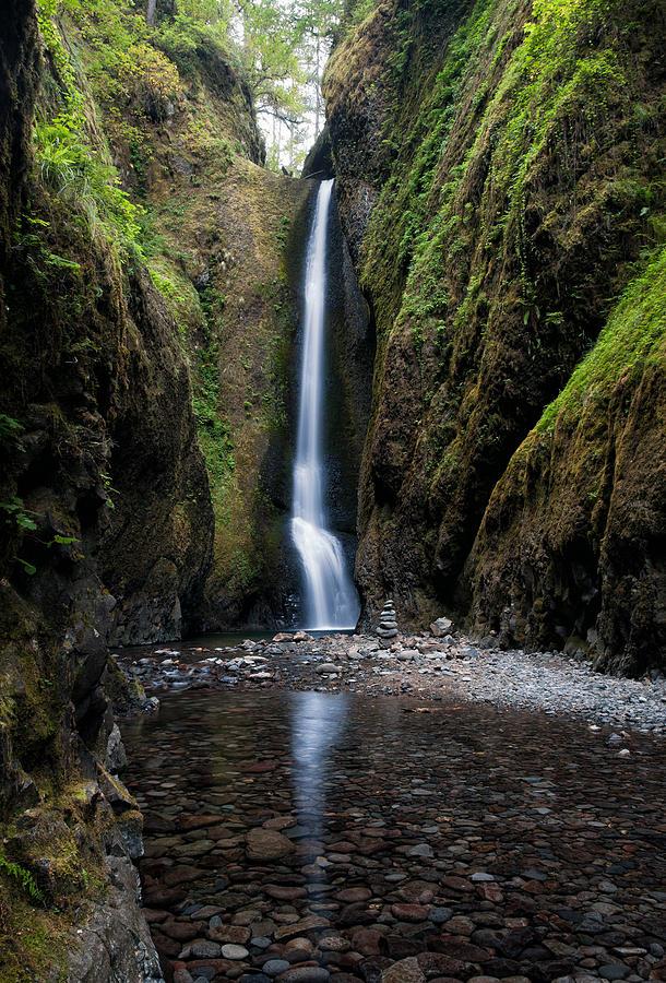 Columbia River Gorge Photograph - Oneonta Falls by Brian Bonham