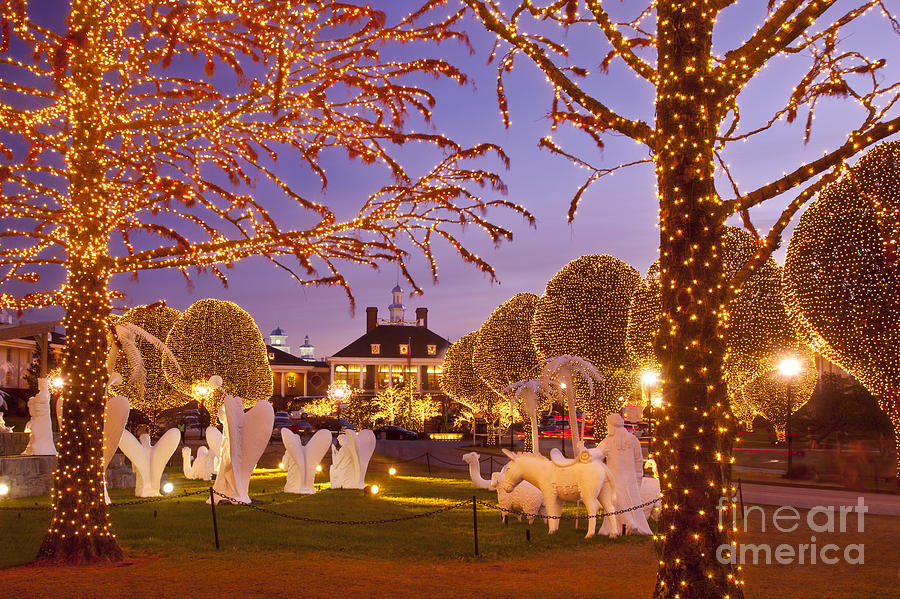 Christmas Photograph - Opryland Hotel Christmas by Brian Jannsen