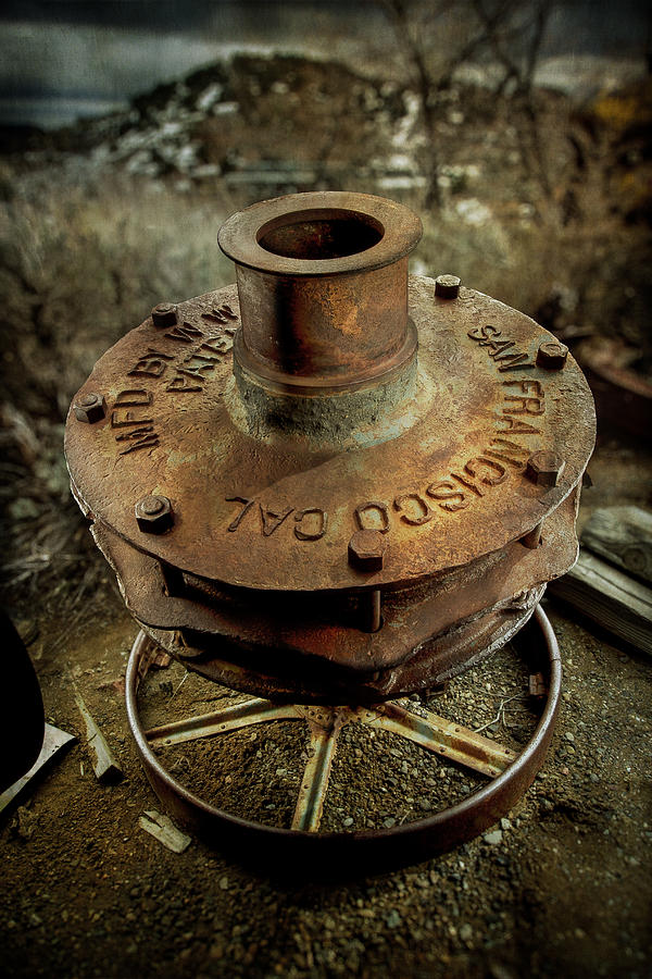 49ers Photograph - Ore Crusher by YoPedro