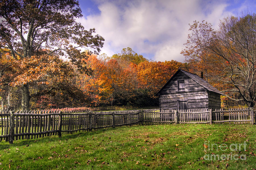 Blue Ridge Parkway Photograph - Orlean Pucketts Cabin by Benanne Stiens