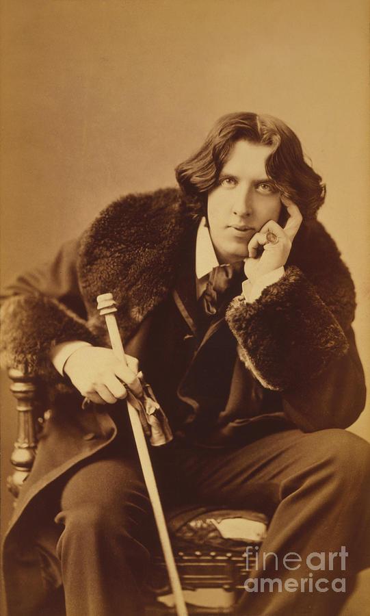 Oscar Wilde Photograph - Oscar Wilde 1882 by Napoleon Sarony