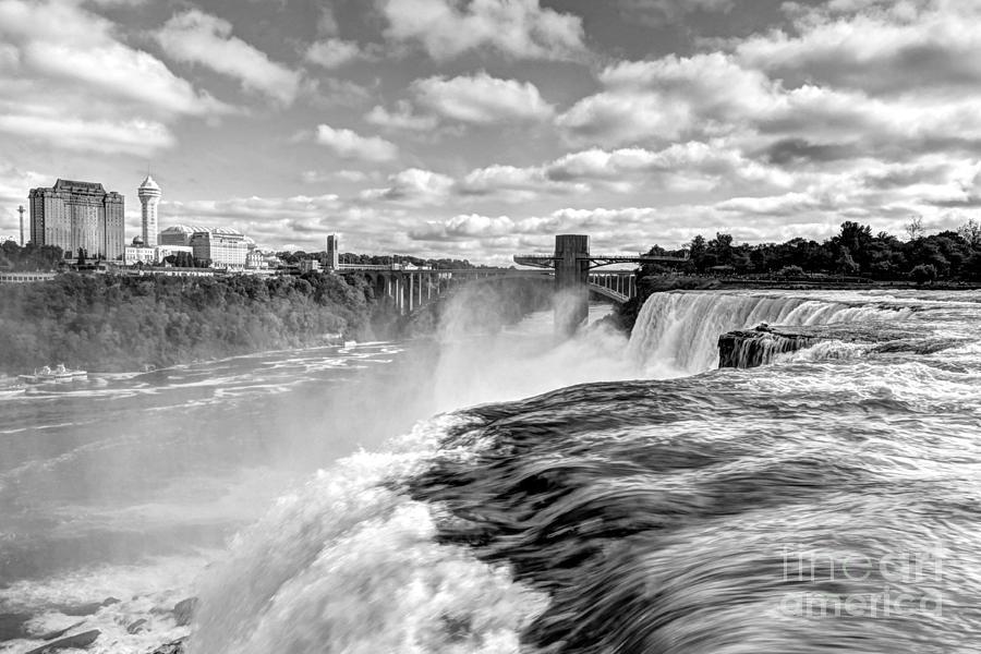 Niagara Falls Photograph - Over The Edge 1 Bw by Mel Steinhauer