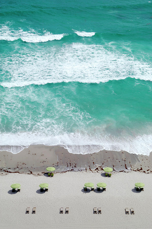 Overhead Wide Angle Of The Beach Photograph by Bauhaus1000