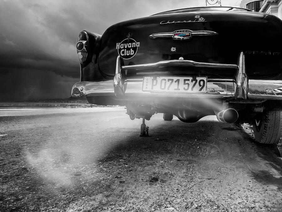 American Photograph - P 071579 by Svetlin Yosifov