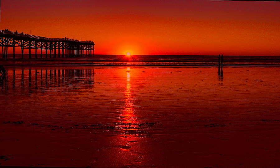 Pacific beach Sunset by Tammy Espino