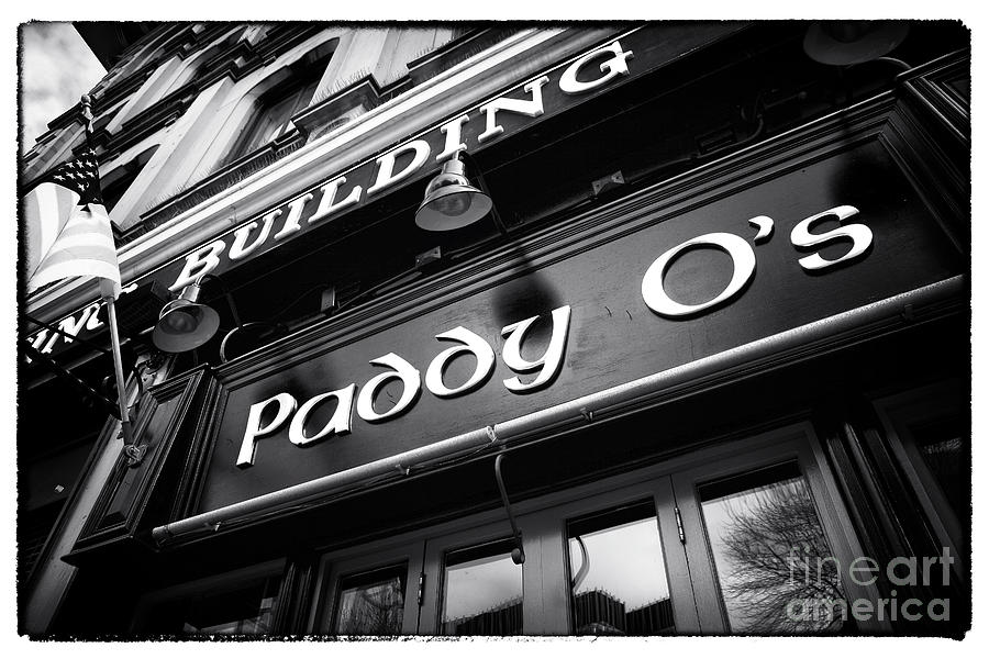 Building Photograph - Paddy Os by John Rizzuto
