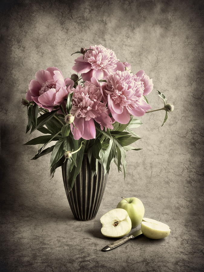 Apples Photographs Photograph - Paeony And Apples by Jitka Unverdorben