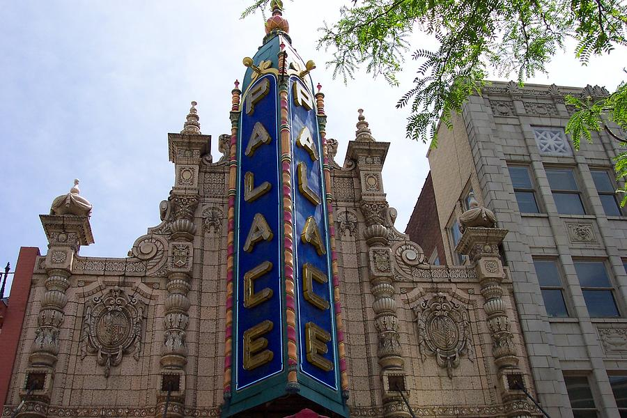 Palace Theater Photograph - Palace Theater by Pamela Schreckengost