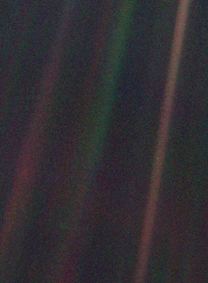 Pale Blue Dot Photograph - Pale Blue Dot by Nasa/science Photo Library