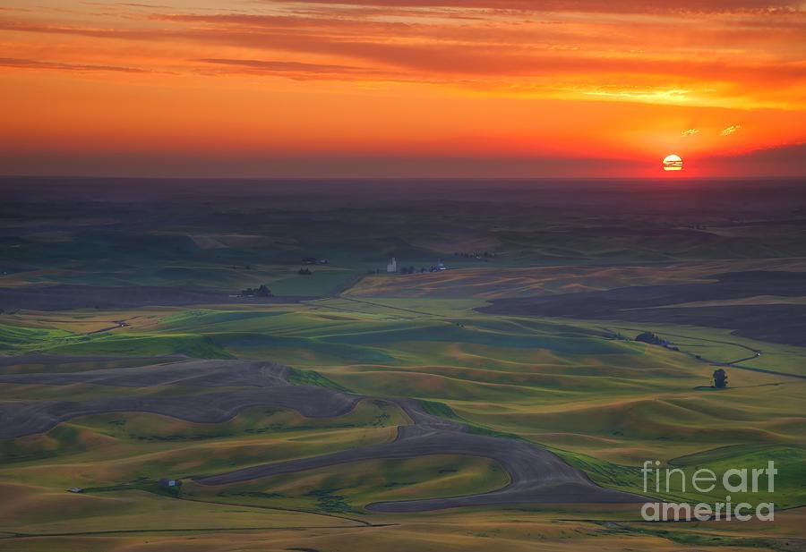 Palouse Photograph - Palouse Sunset by Mike  Dawson