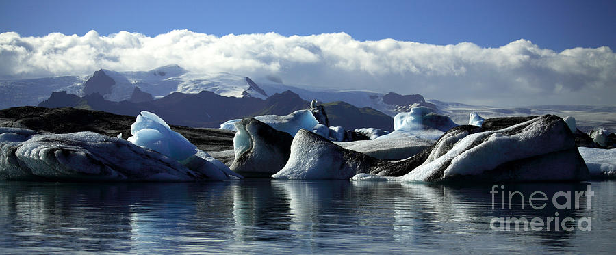 Afloat Photograph - Panoramic View Of Icebergs And Glaciers by Deborah Benbrook