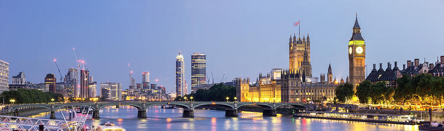 Panoramic view of Westminster Bridge and Westminster Palace with Big Ben at dusk Photograph by _ultraforma_