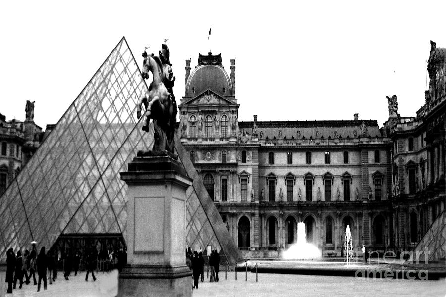 Paris landmarks photograph paris black and white photography louvre museum pyramid black white architecture