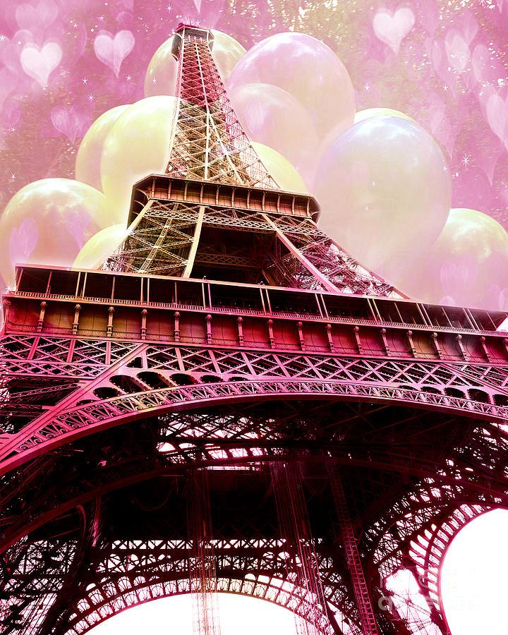 eiffel tower wallpaper pink