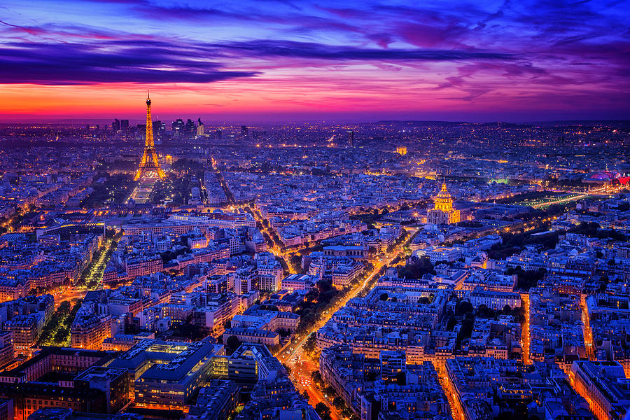 Night Photograph - Paris I by Juan Pablo De