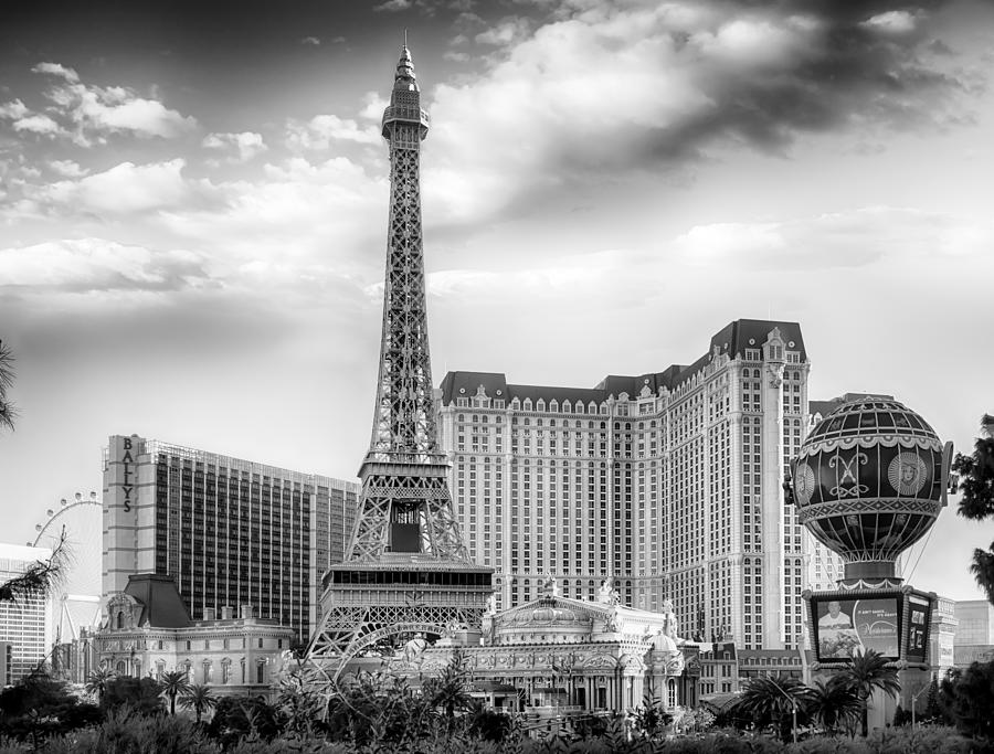 Nature Photograph - Paris Las Vegas by Howard Salmon