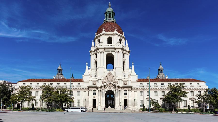 Horizontal Photograph - Pasadena City Hall, Pasadena California by Panoramic Images
