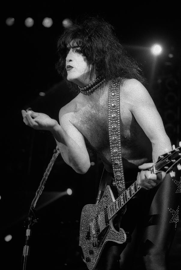Paul Stanley Photograph - Paul Stanley by Timothy Bischoff