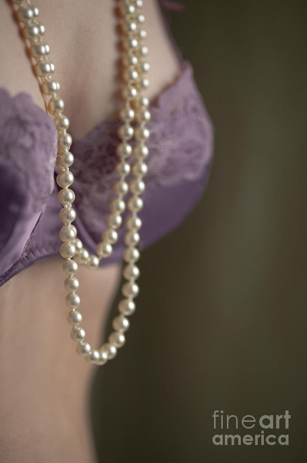 Woman Photograph - Pearl Necklace by Lee Avison
