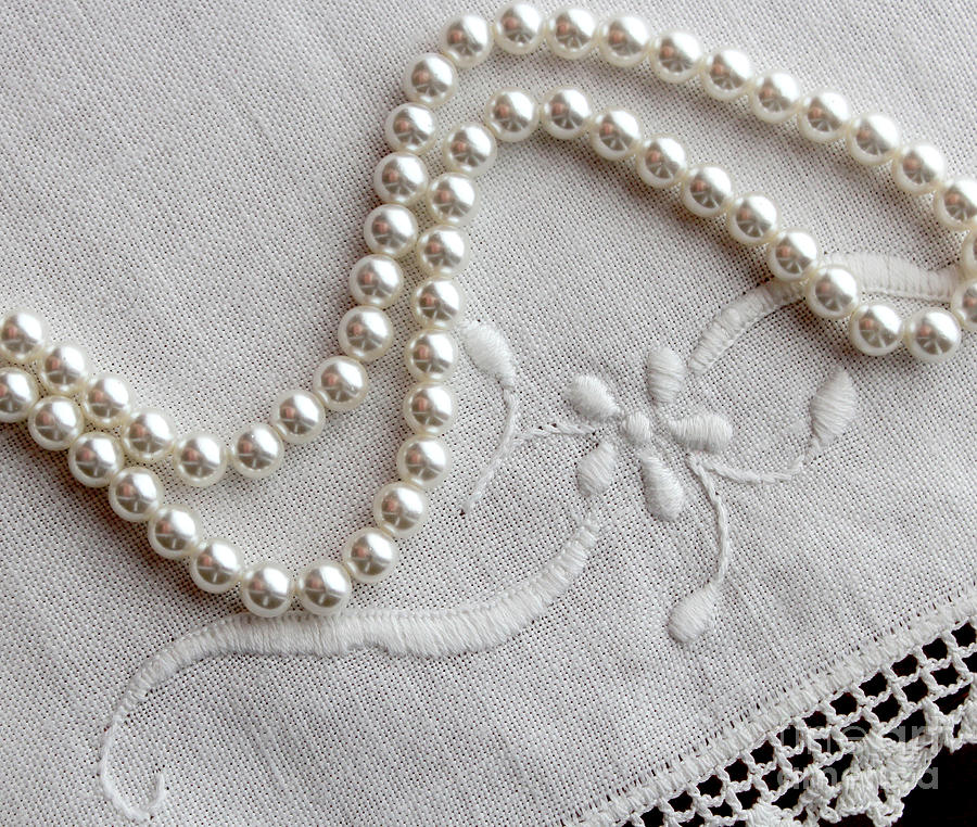 Pearls Photograph - Pearls And Old Linen by Barbara Griffin