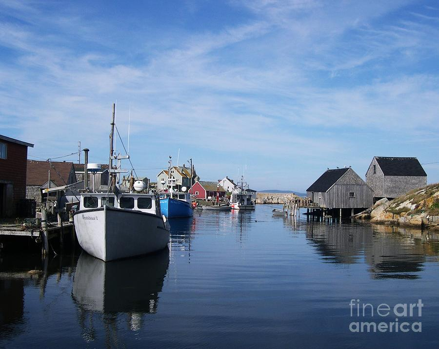 Fishing Villages Photograph - Peggys  Cove by Mel Steinhauer