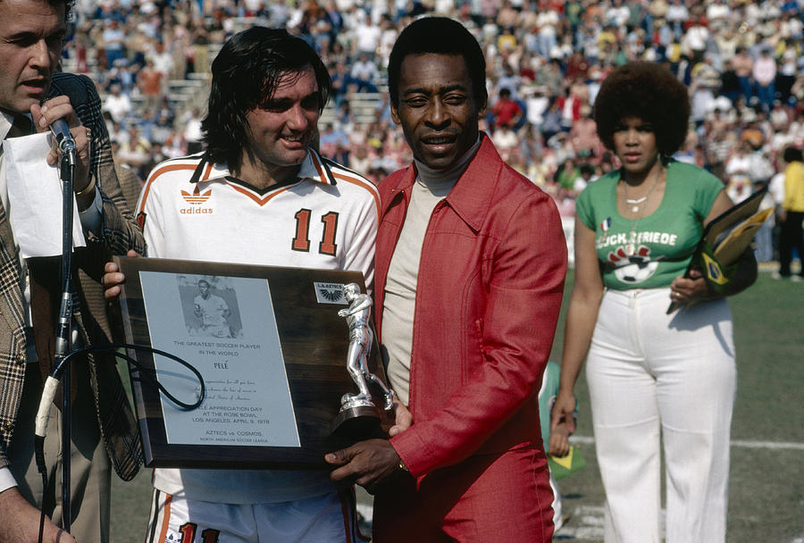 Pele Knows Best Photograph by Getty Images