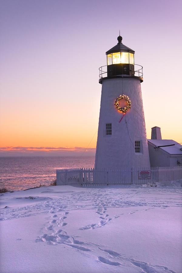 lighthouse photograph pemaquid point lighthouse christmas snow wreath maine by keith webber jr